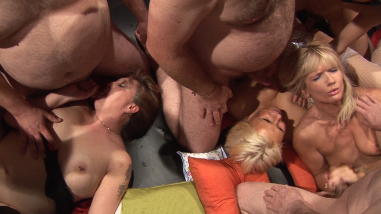 Thin and thin matures at the orgy
